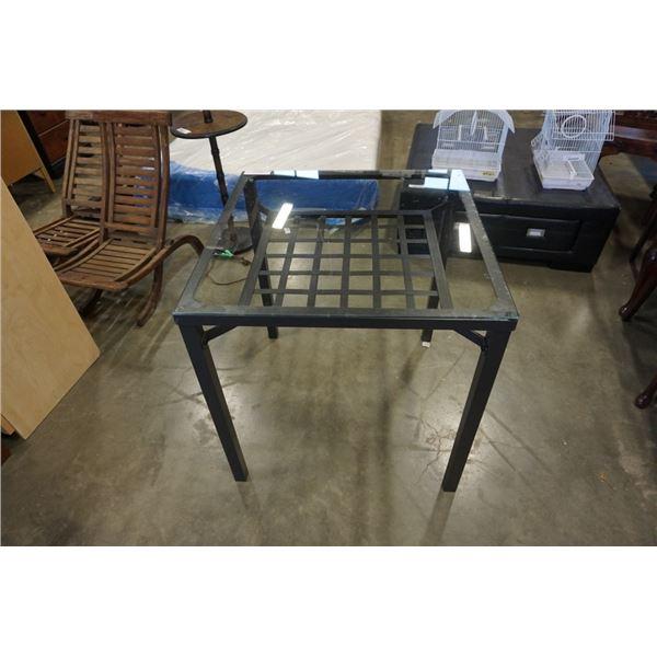 Metal base glasstop table