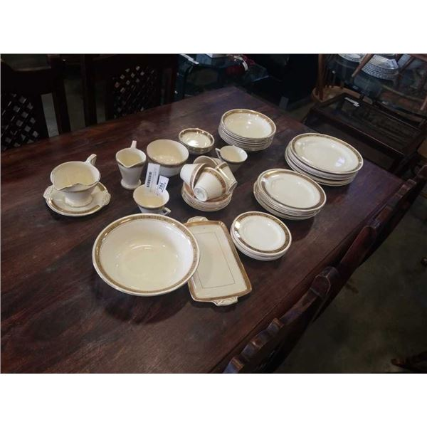 50 PIECES BURLEIGH WARE ENGLISH CHINA CA 1930s