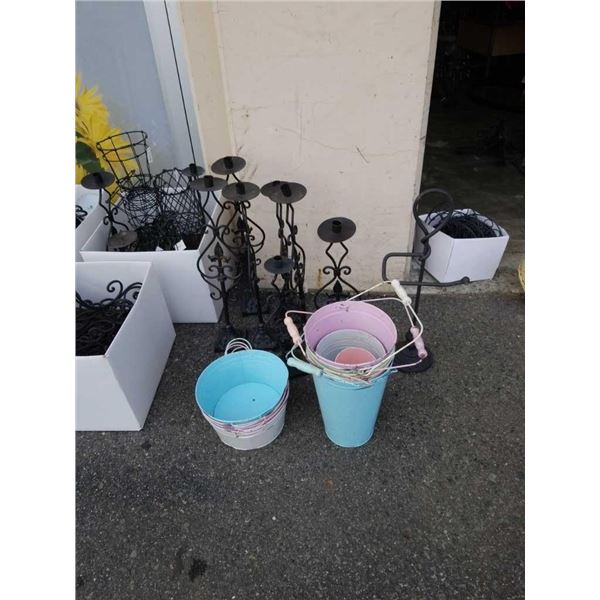 Lot of decorative metal candle holders toilet paperholder and buckets