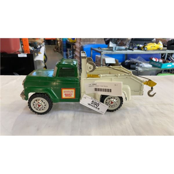 VINTAGE HUBLEY TOW TRUCK