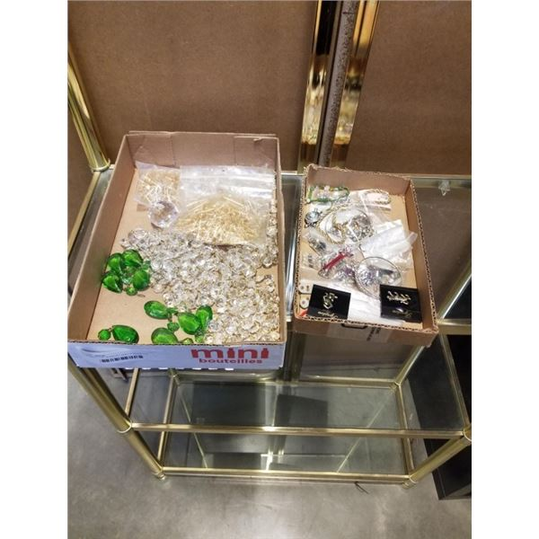 2 TRAYS OF JEWELRY AND CHANDELIER PENDENTS