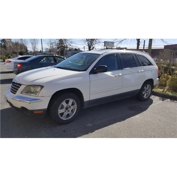 2006 CHRYSLER PACIFICA, 2 KEY FOBS, 6 CYL, 293,329 KMS, 5 DOOR HATCH BACK, AUTOMATIC CARGO DOOR, GAS