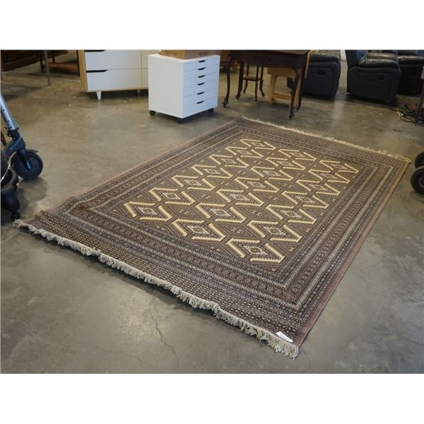 FRINGED AREA CARPET APPROX 76 INCHES