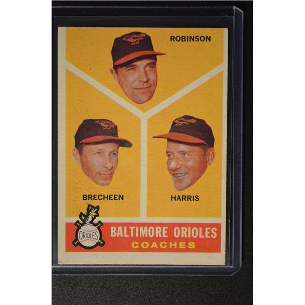 1960 Topps #455 Baltimore Coaches/Eddie Robinson/Harry Brecheen/Luman Harris