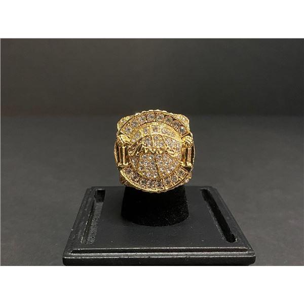 "L.A LAKERS 2010 NBA WORLD CHAMPIONSHIP REPLICA RING ""BRYANT"""