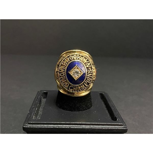 "BROOKLYN DODGERS 1955 MLB WORLD SERIES CHAMPIONSHIP REPLICA RING ""FIRST"""