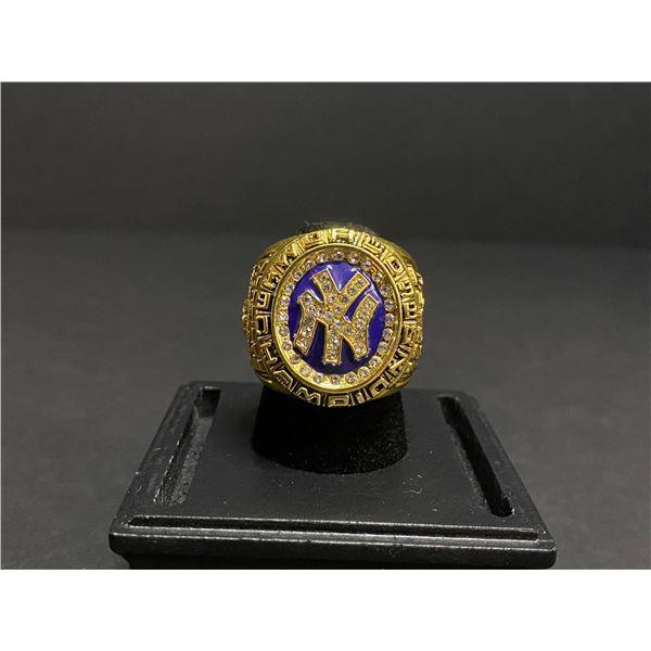 "NEW YORK YANKEES 1998 MLB WORLD SERIES CHAMPIONSHIP REPLICA RING ""PETTITTE"""