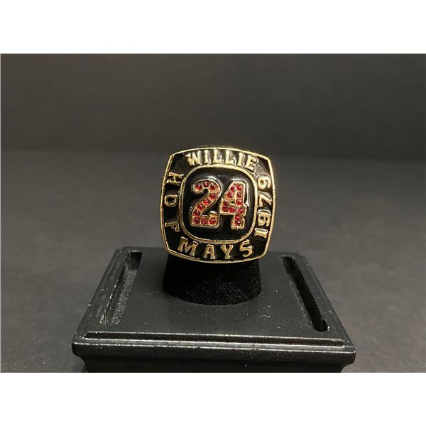 """WILLIE MAYS 1979 MLB HALL OF FAME CHAMPIONSHIP REPLICA RING """"GIANTS"""""""