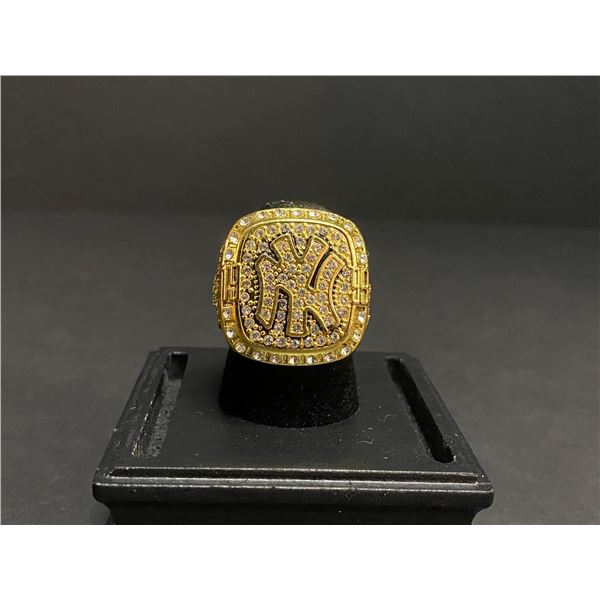 "NEW YORK YANKEES 1999 MLB WORLD SERIES CHAMPIONSHIP REPLICA RING ""RIVERA"""