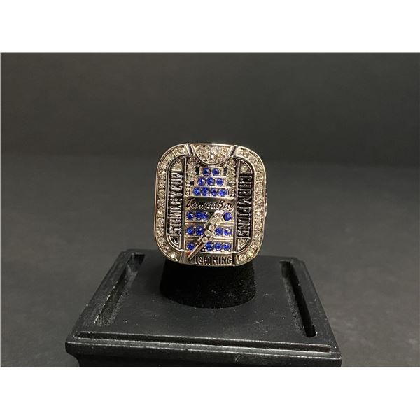 """TAMPA BAY LIGHTNING NHL STANLEY CUP CHAMPIONSHIP REPLICA RING """"ST. LOUIS"""""""