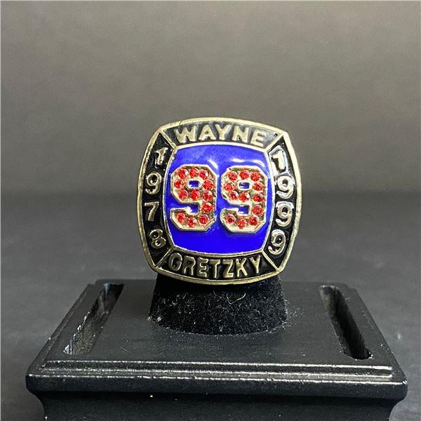 WAYNE GRETZKY #99 HALL OF FAME CHAMPIONSHIP REPLICA RING 1978-1999