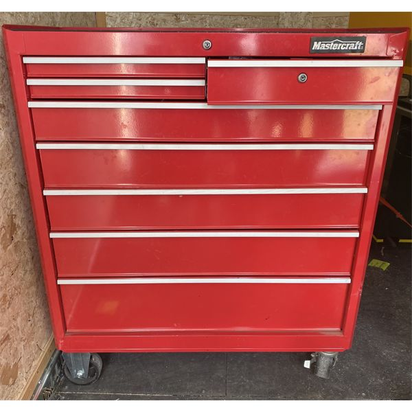 MASTERCRAFT 8 DRAWER ROLLING TOOL CHEST WITH CONTENTS