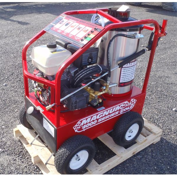 MAGNUM GOLD 4000 HOT WATER POWER WASHER - NEW