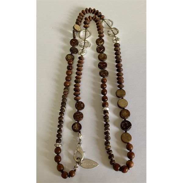 COLDWATER CREEK DESIGNER WOOD BEAD NECKLACE - 32 INCHES