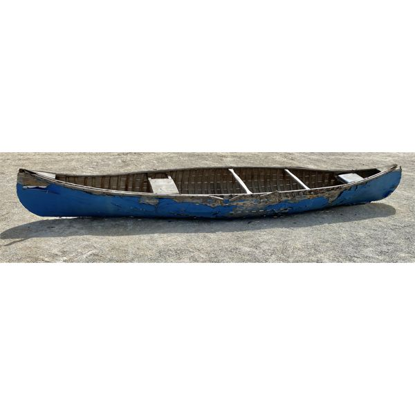 "15' 8"" CANOE - GREAT FOR DECORATING"