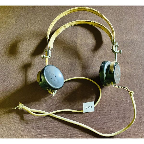 WAR TIME RADIO HEADPHONES WITH BAKELITE EARPIECES