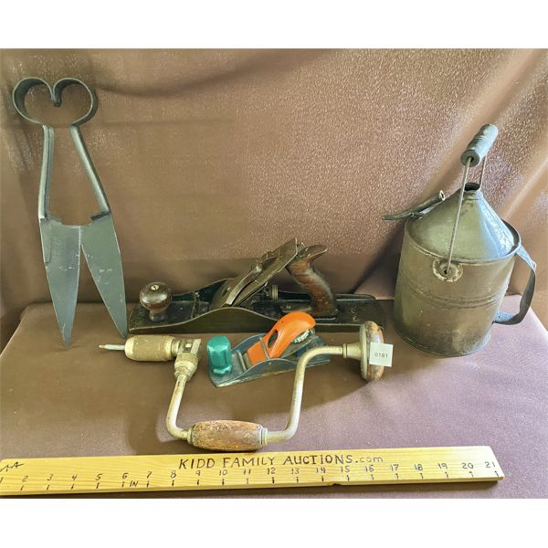 JOB LOT OF ANTIQUE TOOLS - SHEARS, BAILEY PLANER