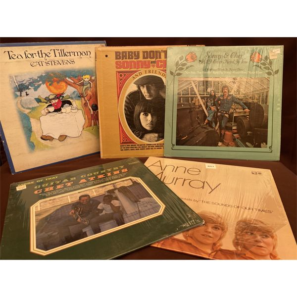 LOT OF 5 RECORD ALBUMS - CAT STEVENS, SONNY & CHER, ANNE MURRAY