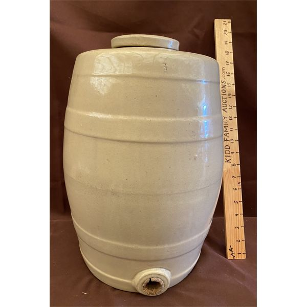 3 GAL BEVERAGE CROCK WITH LID & SPOUT