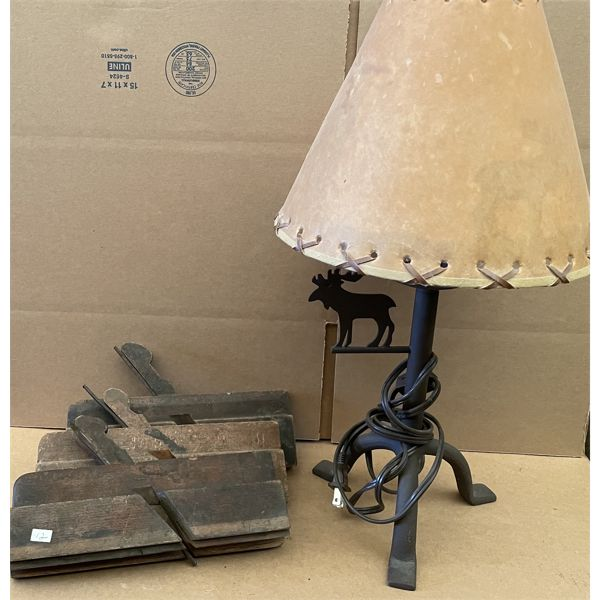 LOT OF ANTIQUE WOOD PLANES & WROUGHT IRON TABLE LAMP