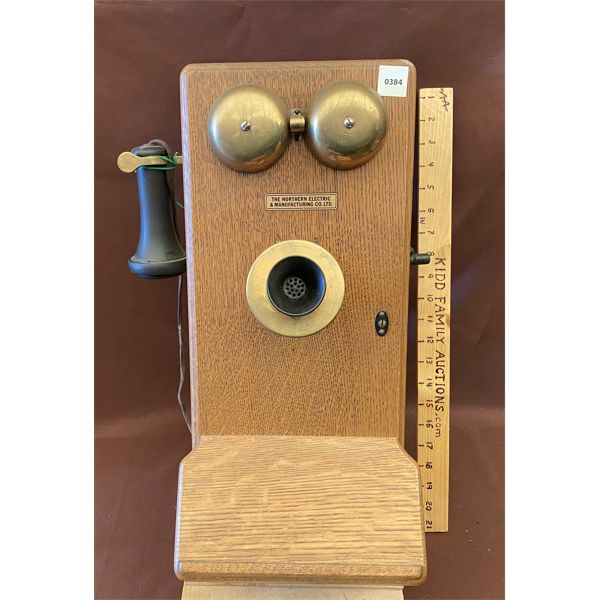 ANTIQUE WALL MOUNT TELEPHONE - NORTHERN MGT CO - 1913 - OAK DESIGN