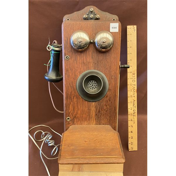 ANTIQUE WALL MOUNT TELEPHONE - CANADIAN INDEPENDANT TELEPHONE LIMITED
