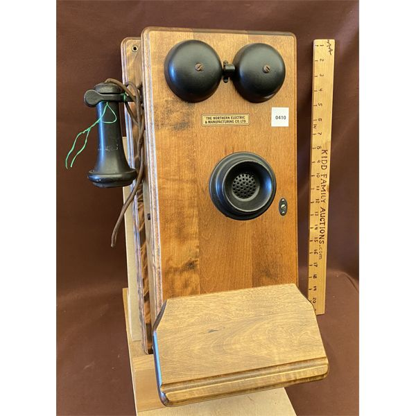 ANTIQUE BIRCH WALL PHONE - NORTHERN MGT CO - 1919