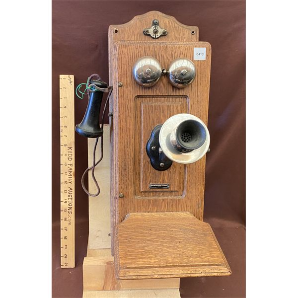 ANTIQUE WOODEN WALL MOUNT TELEPHONE