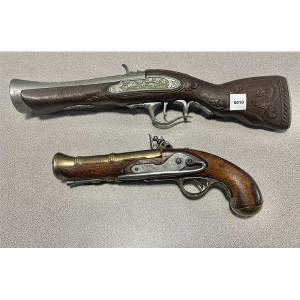 LOT OF 2 - DECORATIVE BLUNDERBUST STYLE FLINTLOCK GUNS