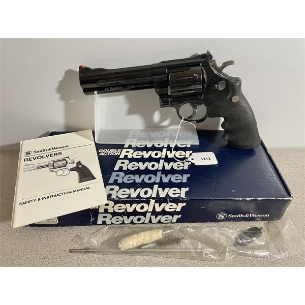 SMITH & WESSON MODEL 29-5 CLASSIC IN ,44 MAG - RESTRICTED CLASS