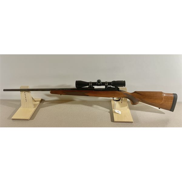 WINCHESTER MODEL 70 XTR IN 7 MM REM MAG