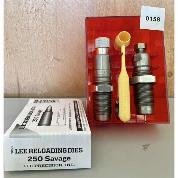 LEE .250 SAVAGE RELOADING DIE SET - VG CONDITION