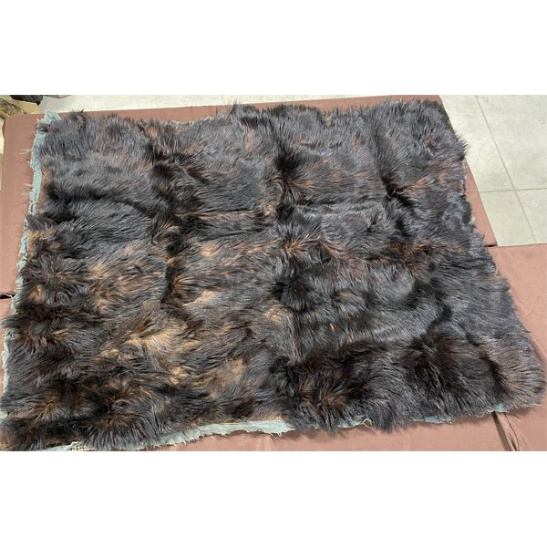 """BUFFALO SKIN RUG - APPROX 66"""" X 51"""" - APPEARS TO BE IN VERY GOOD CONDITION"""