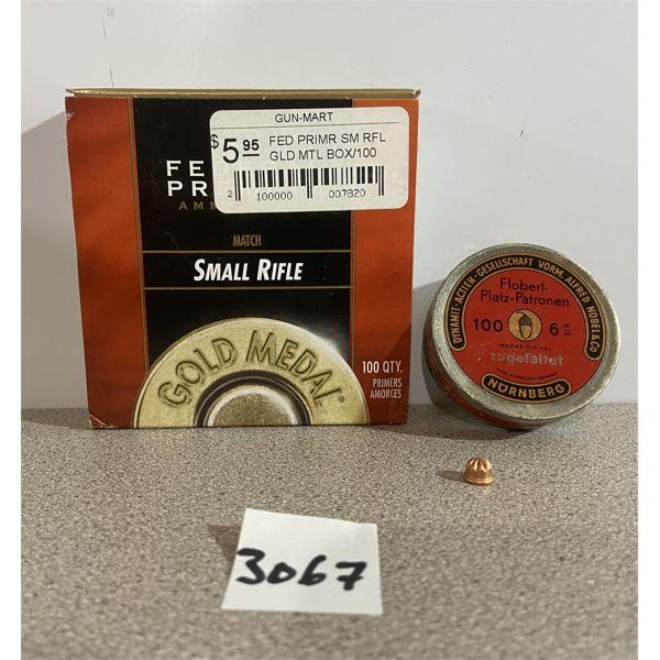 AMMO & PRIMERS: APPROX 100X 22 RIMFIRE CAPS & 50X FEDERAL SMALL RIFLE