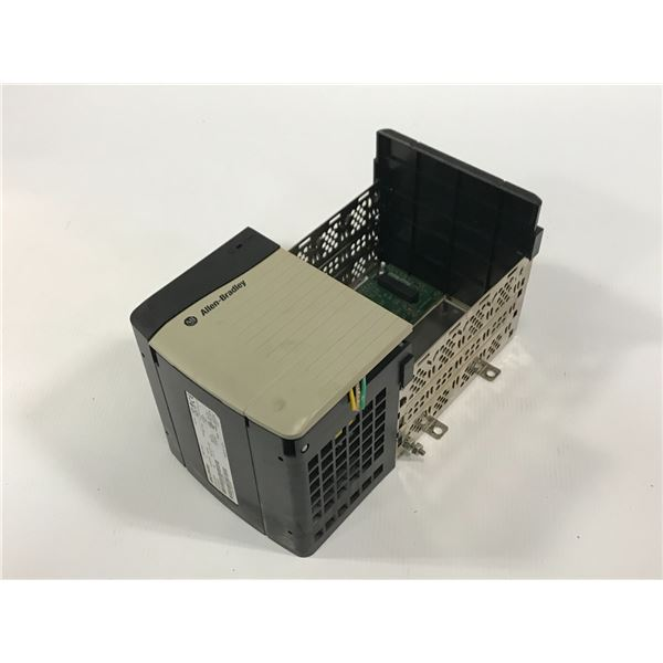 ALLEN BRADLEY 1756-A4 4 SLOT CHASSIS