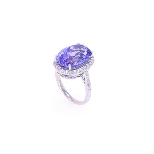 Tanzanite & VS2 Diamond 18k White Gold Ring