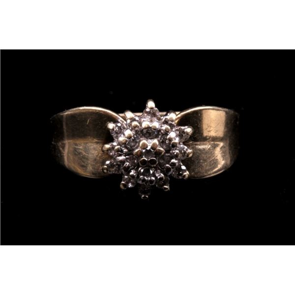 14K Gold Diamond Flower Ring c.1940's