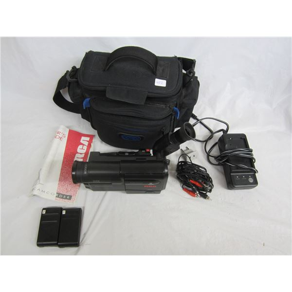 RCA DSP3 Camcorder with accessories and Bag