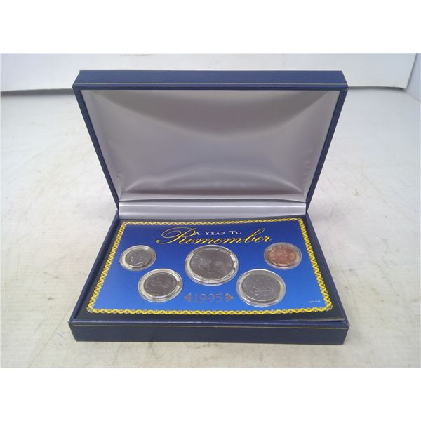 1995 U.S. BU set of 5 coins. A Year to Remember. Issued by the American Historic Society. Housed in