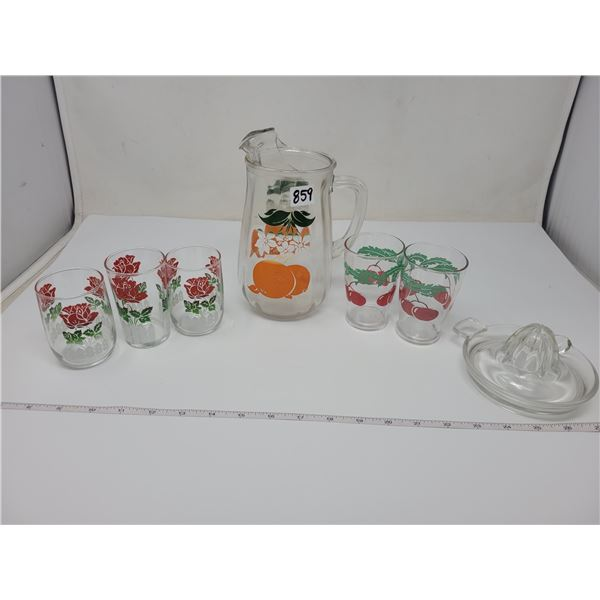 Vintage pitcher & 5 juice glasses & juice extractor