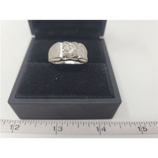 Men's .925 silver ring - size 10