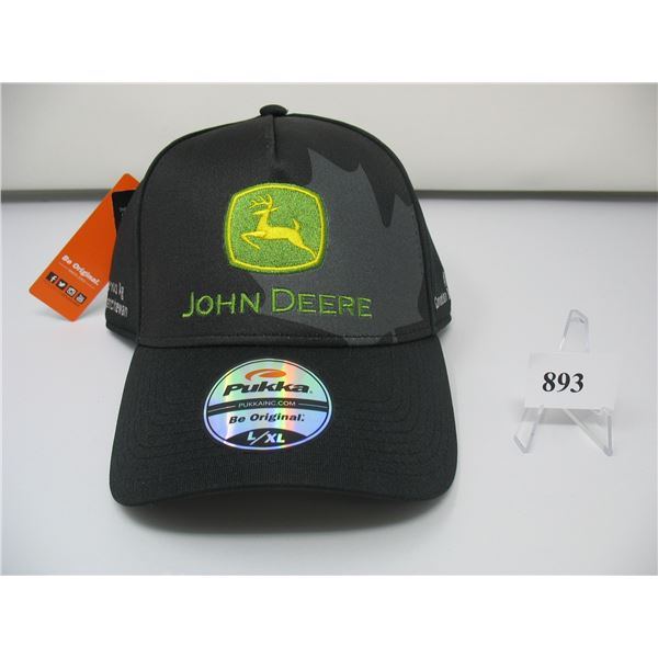 JOHN DEERE CAP - New with Tags - CERVUS EQUIPMENT - Size L / XL