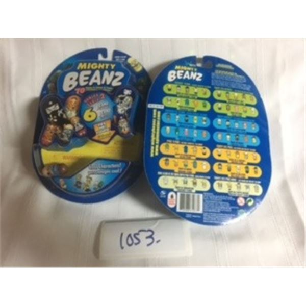 1053-LOT OF 2 MIGHTY BEANZ COLLECTIBLES. MINT/SEALED
