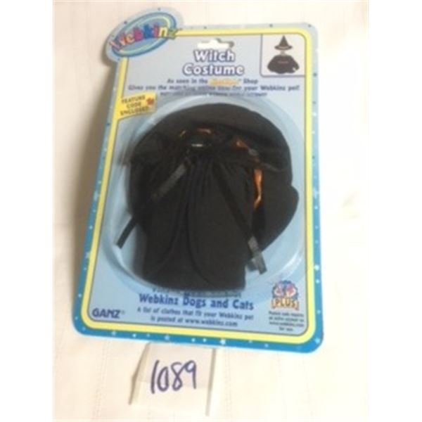 1089-WEBKINZ 1990'S OFFICIAL  FACTORY SEALED WITH FEATURE CODE… WITCH COSTUME.