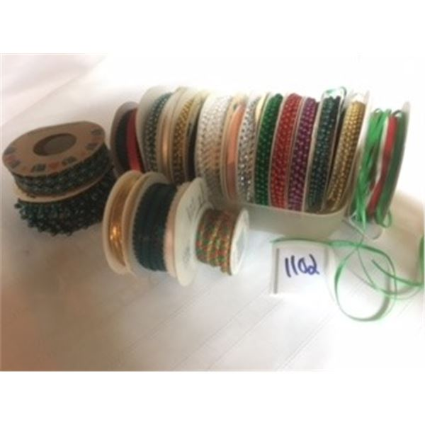 1102-LOT OF 20  VINTAGE BEADS/RIBBONS