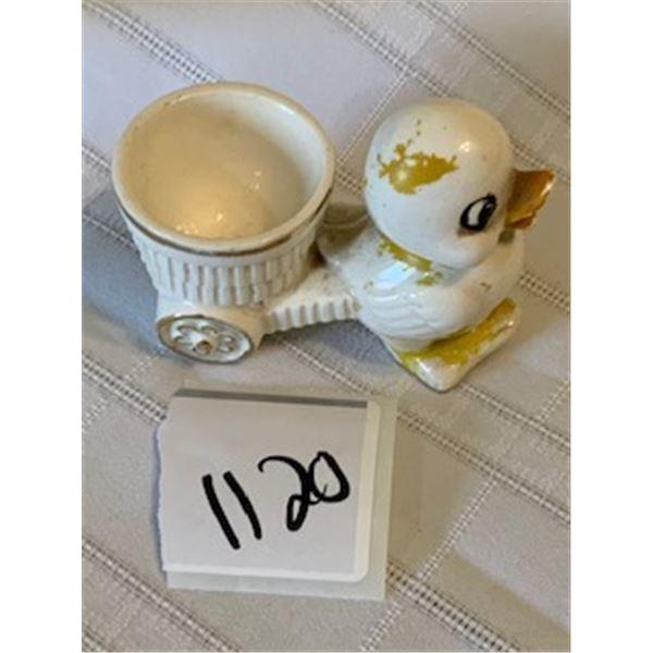 1120-VINTAGE EASTER EGG CUP