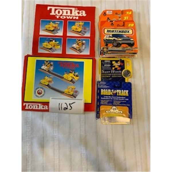 1125-LOT OF 14 MATCHBOX PACKAGING SPECS CARS / 6 TONKA, ROAD AND TRUCK AND SUPERWHEELS