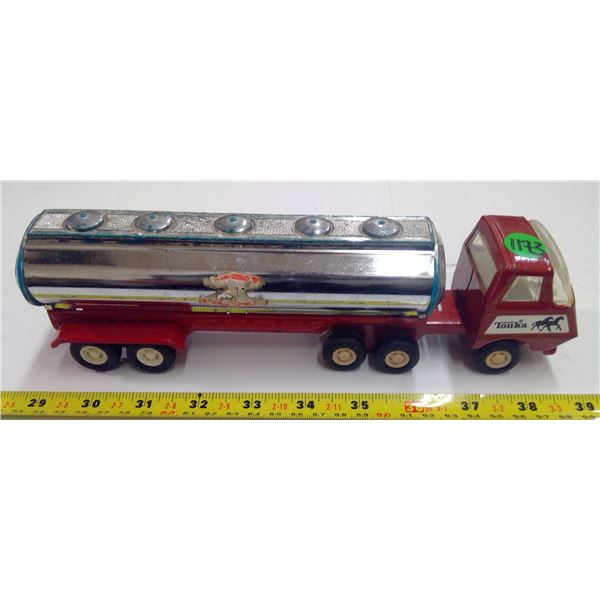 "Tonka/Buddy L Tank Truck - 9"" long"