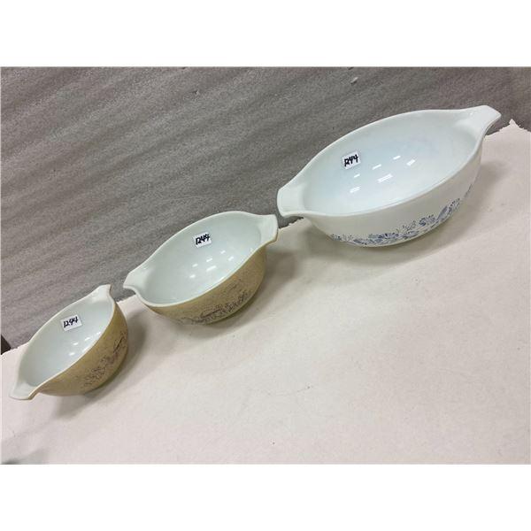 """3 Pyrex bowls - 6"""", 7"""", 9"""""""