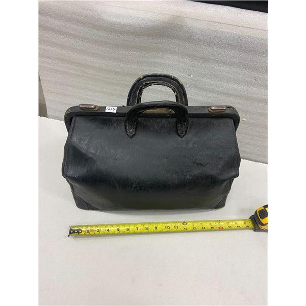 Doctor's bag - locks & hinges work